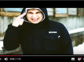 Музыкальный клип рэп исполнителя