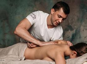Классический и спортивный массаж