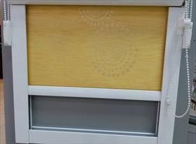 Рулонная штора в сантех шкаф
